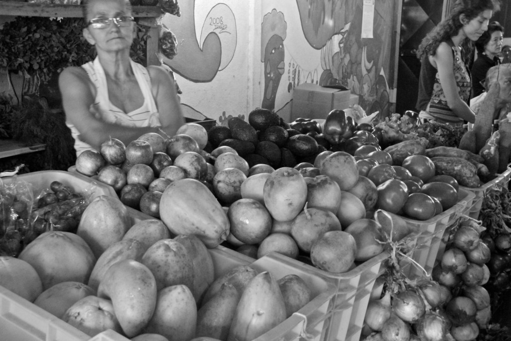b and w market